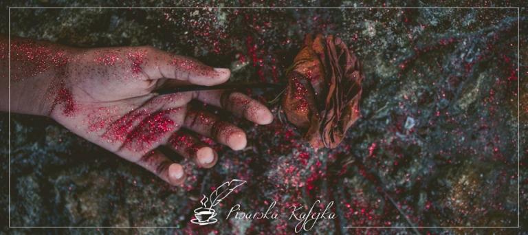 morderstwo-pisarska-kafejka
